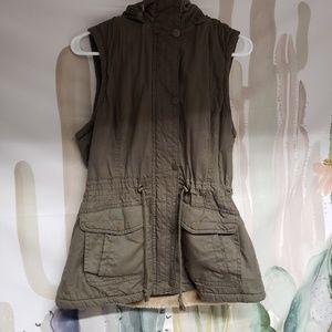 Cargo Green Vest w/ furry inside